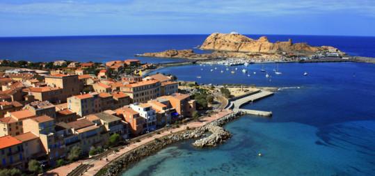 Séjour en Corse : Un hôtel à l'Ile Rousse